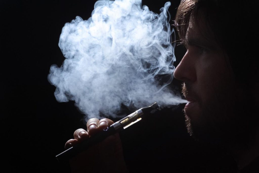 VAPEを吸う
