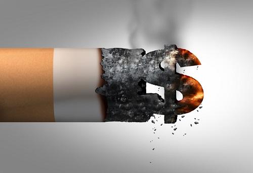 火のついた煙草